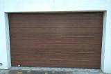 Гаражные секционные ворота Kruzik горизонтальный гофр темный дуб