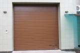 Секционные промышленные ворота - цвет коричневый.