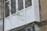 Osteklenie-shagovogo-balkona-Odessa