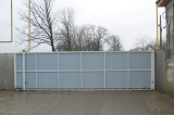 Ворота откатные на опорном ролике - вид изнутри.