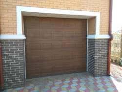 Встроенные гаражные ворота